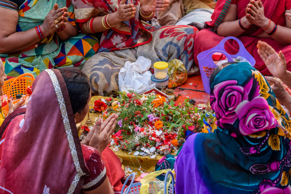 Varanasi women By ABIR ROY BARMAN