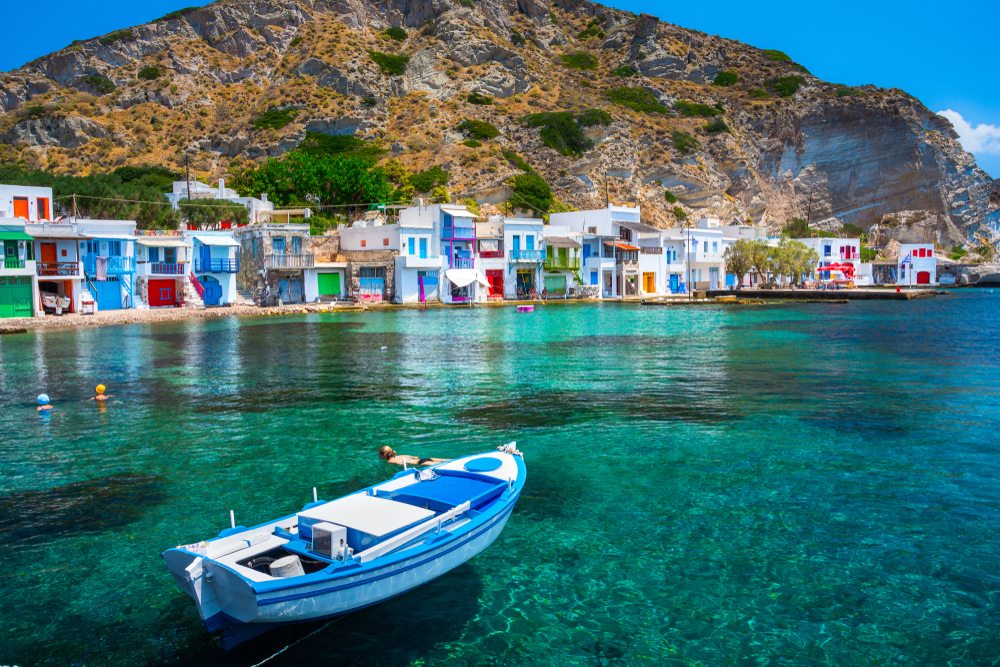 Scenic,Klima,Village,(traditional,Greek,Village,By,The,Sea,,The